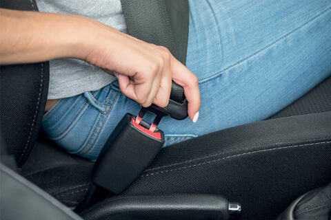 pièces de sécurité : pièces de sièges (carters, boutons…)