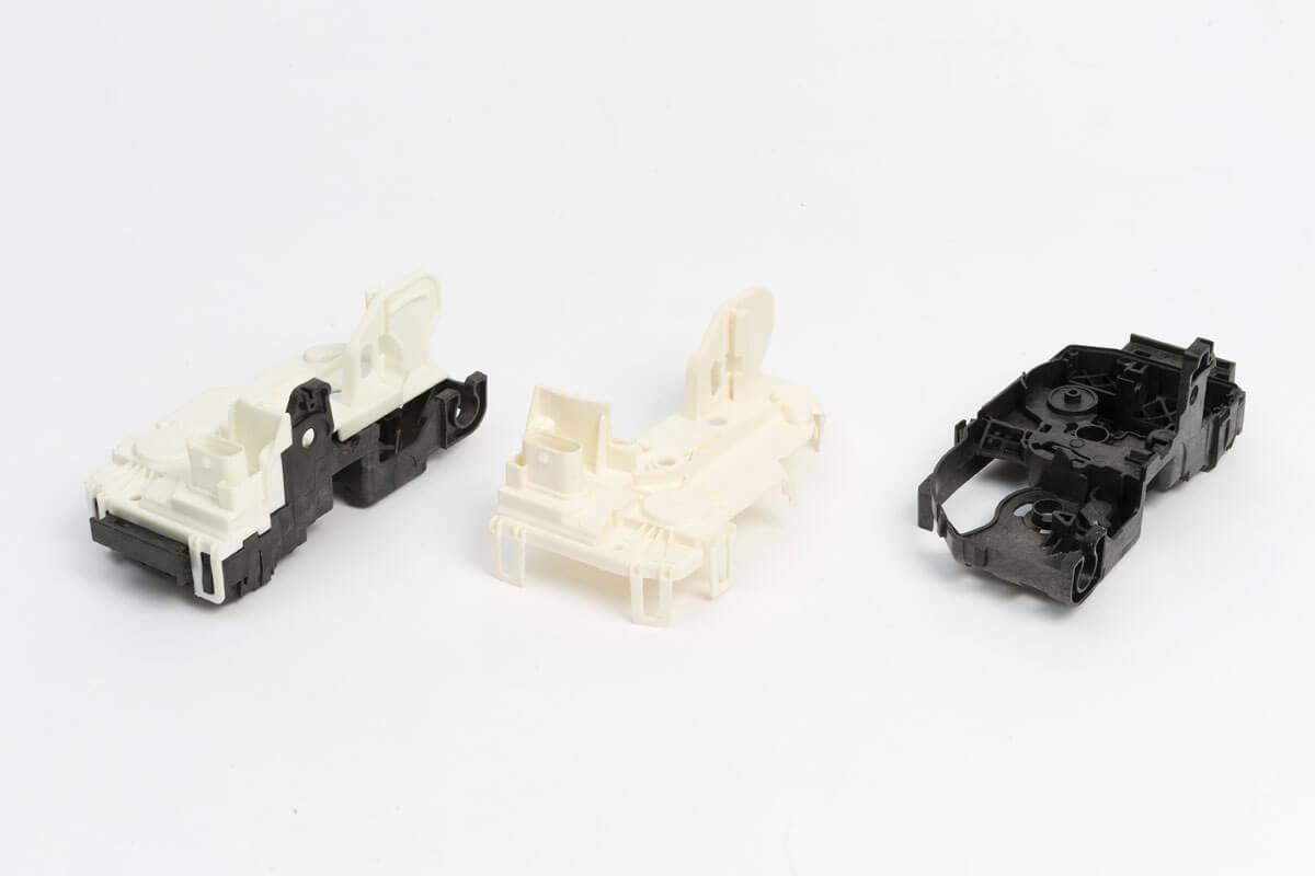Injection plastique pièces électriques