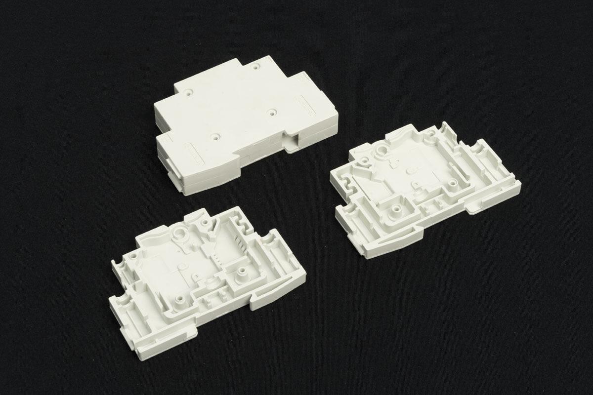 Injection plastique pièces technique électrique